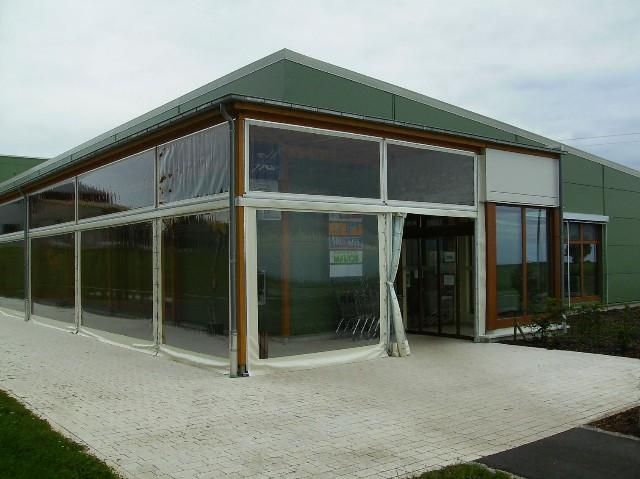 cloison en bches transparentes pour une terrasse de restaurant